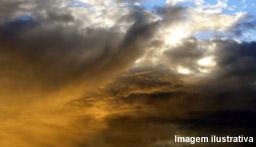 Clima tempo em tua cidade. - Página 4 Muitas-nuvens