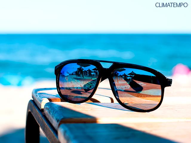 4beec5ef63279 Conheça o perigo de usar óculos de sol falsificados - Categoria ...