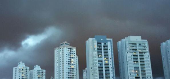 Forte LI varre o Paraná com ventos entre 80 km/h e 100 km/h