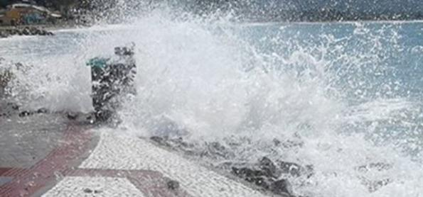 Mar agitado e risco de ressaca