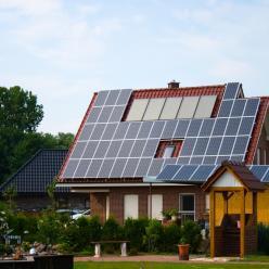 Energia solar no BR gera benefícios econômicos: R$1,5 bi ao ano
