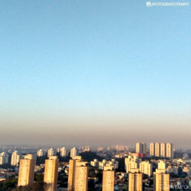 SP_SãoPaulo_MarceloPinheiro_15092017_poluição_sol_céuazul