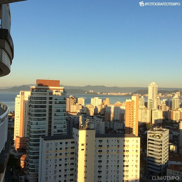 SP_Santos-por-Manoel-Quesada-12-11-17-sol-e-frio-de-manhã