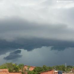 Risco de chuva forte aumenta na Bahia