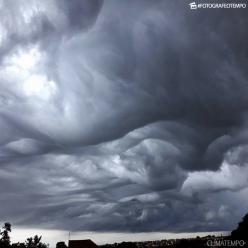 Nuvem rara é fotografada em cidade de Minas Gerais
