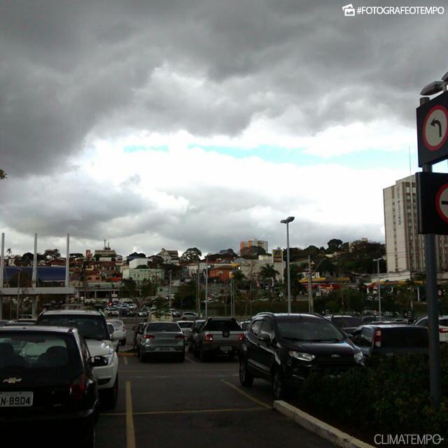 SP_SãoJosédosCampos_MarciaBrito_23082016_nuvens