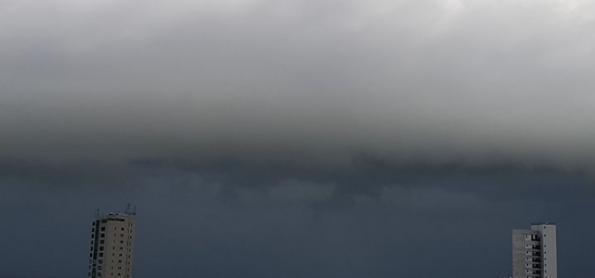 Risco de chuva forte no litoral de PE e PB nesta sexta-feira