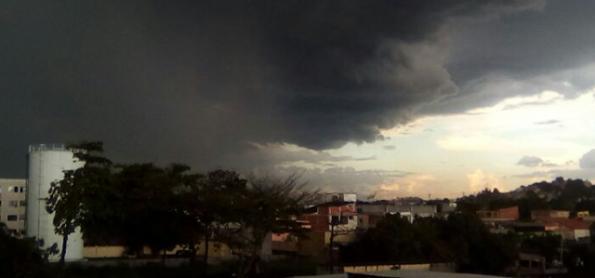População do RJ deve se preparar para chuva forte