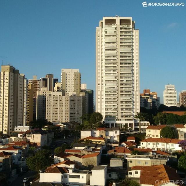 SP_SãoPaulo_MariaClaraMachado_07022018_sol_céuazul2