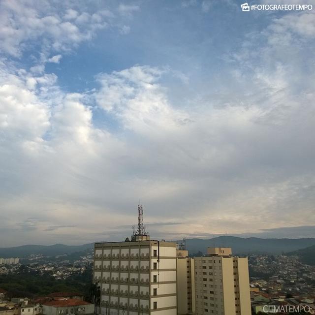 SP_SãoPaulo_PeterGatzBirle_18102016_nuvens_céuazul