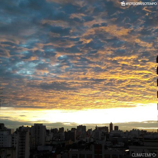 SP_SãoPaulo_MatheusMagalhães_15032018_amanhecer_sol_nuvens