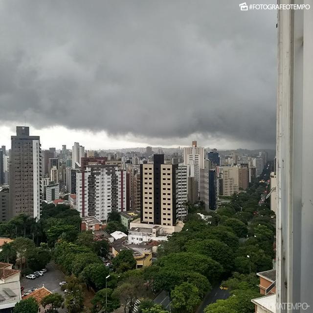 MG_Belo-Horizonte-por-Gustavo-Araújo-22-3-18-temporal