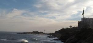 Tempo firme e mar agitado no RJ
