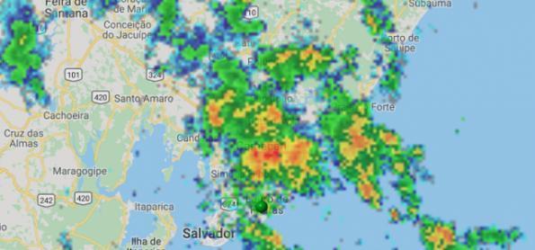 Chuva não para e se intensifica sobre Salvador