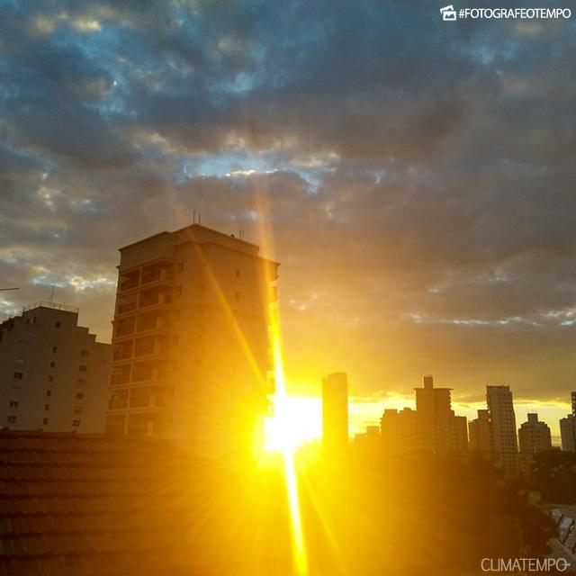 SP_São-Paulo-por-Marcelo-Pinheiro-31-5-18-fim-de-tarde