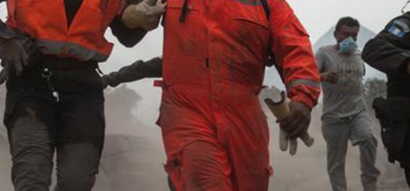 Aumenta número de mortos por erupção de vulcão na Guatemala