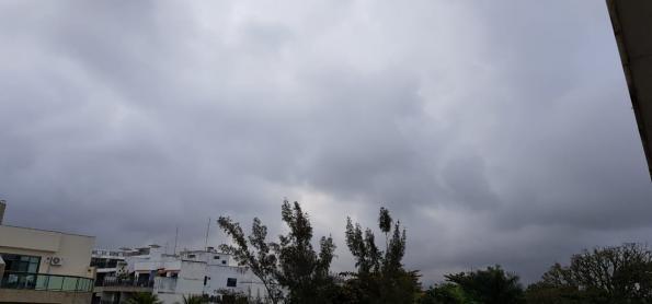 Umidade volta a cair nesta segunda-feira em SP