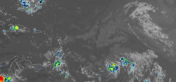 Furacão Beryl avança para as Pequenas Antilhas