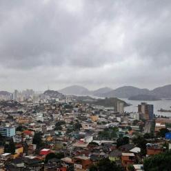 Chuva forte no Espírito Santo e leste de Minas Gerais