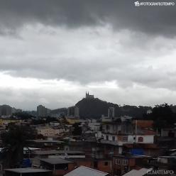 Chuva volumosa em SP e no RJ. Grande Rio pode ter chuva forte.