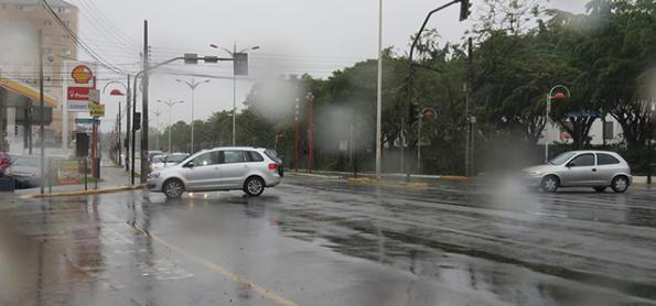 Santa Catarina está em alerta para chuva frequente