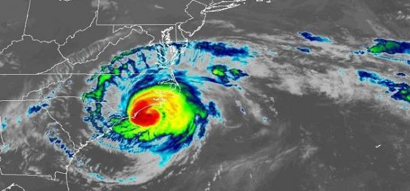 Olho do furacão Florence entra no continente nesta sexta