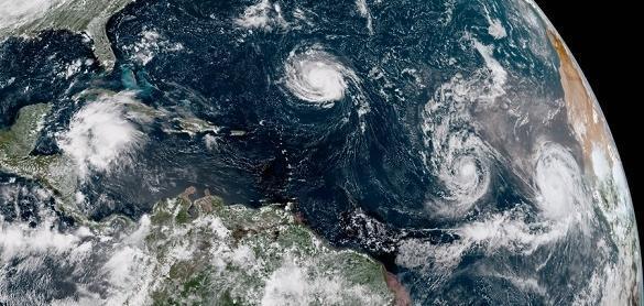Furacão Florence deve atingir a costa dos EUA
