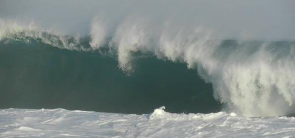 Mar baixando no Sudeste, mas Nordeste ainda tem ressaca