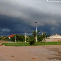 Volume de chuva passa de 100 mm em 24h em cidades de Goiás