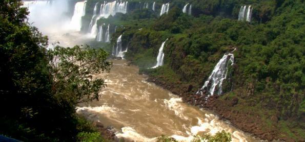 Parques Nacionais: visitar para conservar