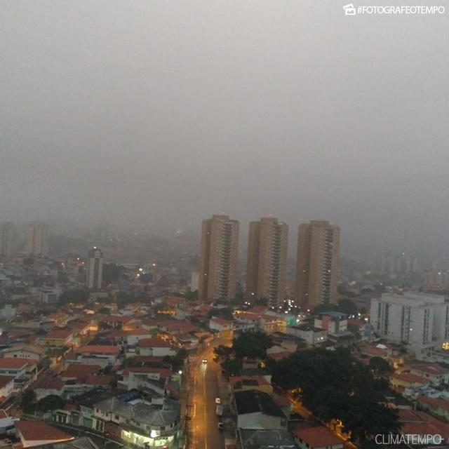 SP_São-Paulo-por-Marcelo-Pinheiro-3-12-18-névoa-e-garoa