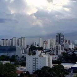 Terça-feira começa com muita nebulosidade no leste paulista