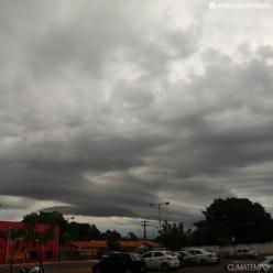 Volta a chover forte sobre a Grande SP