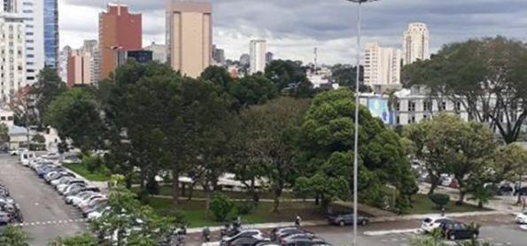 Municípios brasileiros à sombra do coronavírus