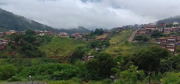 Chuva passa de 200 mm em 48 horas no leste de Santa Catarina