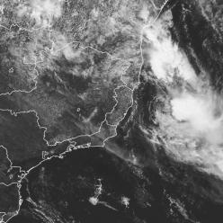 Tempestade tropical Iba se afasta do Brasil