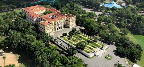 Após tragédia em Museu, conheça outros 19 palácios no RJ