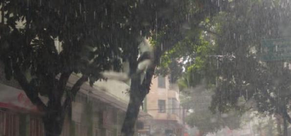 Calor provoca pancadas de chuva sobre a Grande SP