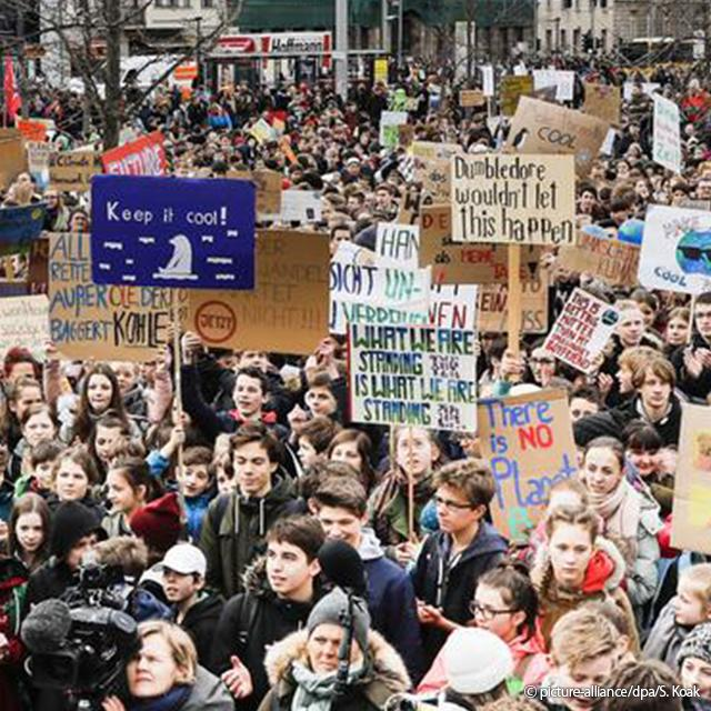 post_Estudantes planejam marchas pelo clima em 1.300 cidades