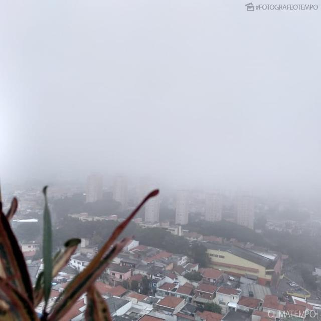 f9d3c4ca954f Foto: Marcelo Pinheiro Amanhecer na capital paulista nesta terça-feira, dia  21. Capital registra a madrugada mais fria do ano ...