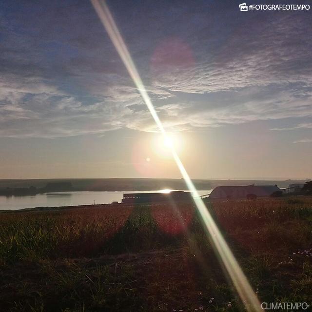 SP_Pederneiras_AlessandrodeAbreu_09022018_amanhecer