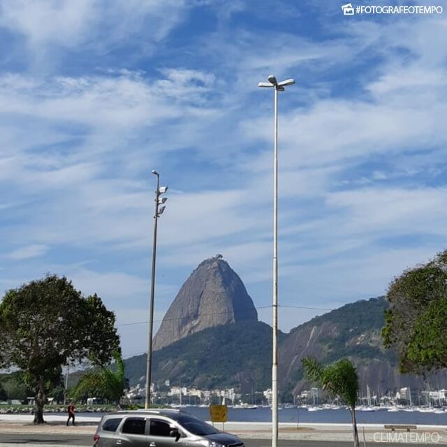 RJ_Rio-de-Janeiro-por-Aline-Ribeiro-29-5-19-sol-e-nuvens-altas