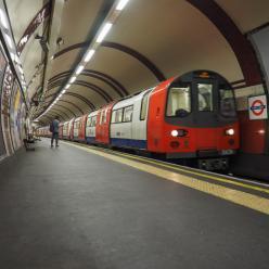 Ar quente do metrô para aquecer casas em Londres