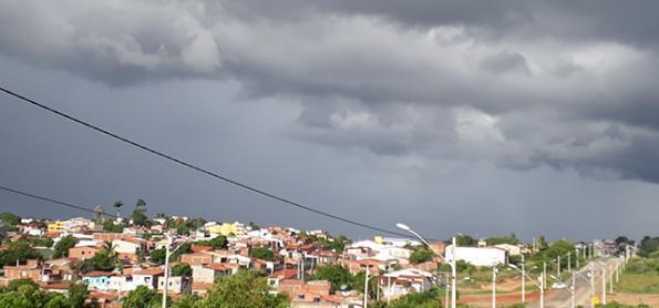 Frente fria influencia o litoral da Bahia