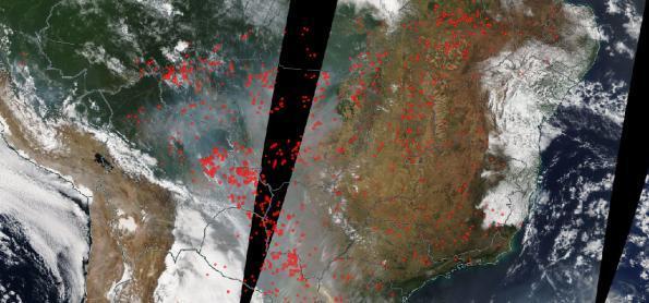 Fumaça se espalha do Norte ao Sul da América do Sul