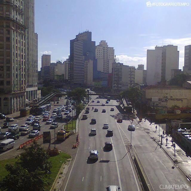 SP_São-Paulo-por-Maalmartra-Pessoa-31-5-19-sol-forte