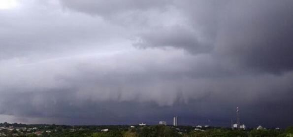 Risco de chuva forte e de ventania na Região Sul
