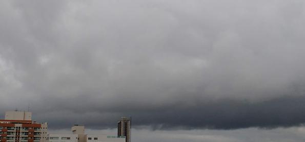 Quinta-feira com chuva volumosa no Espírito Santo