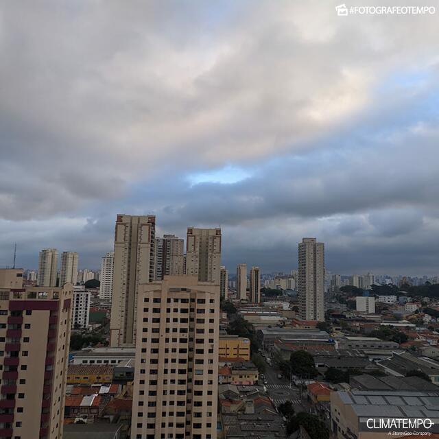 SP_São-Paulo_Paula-Soares_250819_sol_nuvens
