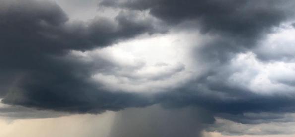 Semana é com pancadas de chuva no Centro-Oeste